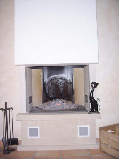 Polyflam MB 405 encastré dans un mur - de 8 000 € posée
